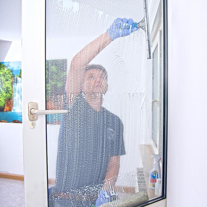 Fensterputzer Hamburg Fensterreiniger Glasreiniger Festpreis